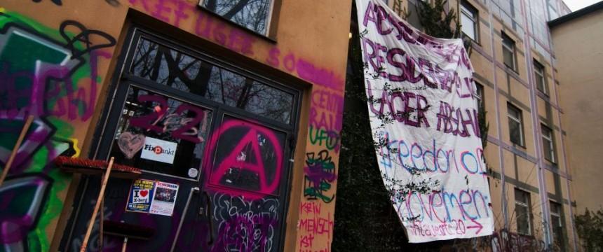 Besetzte Schule in Kreuzberg: Gewaltserie reißt nicht ab Foto:  picture alliance/dpa