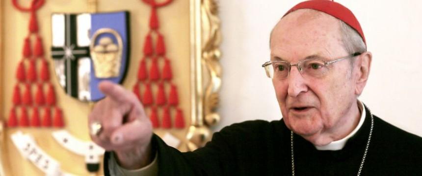 Kardinal Joachim Meisner vor seinem Wappen: Ein kämpferischer Prediger Foto: picture alliance / dpa