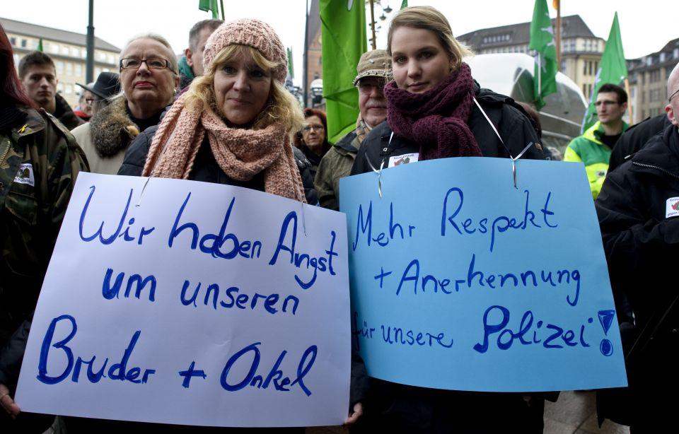 Mahnwache vor dem Hamburger Rathaus