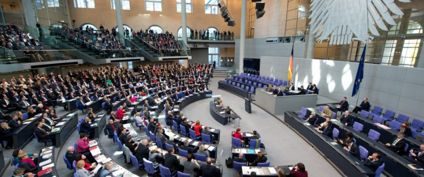 Bundestag: Reallöhne in Deutschland sinken Foto:  picture alliance/dpa
