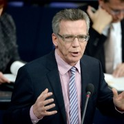 Bundesinnenminister Thomas De Maizière (CDU) rät der EKD zu mehr Zurückhaltung Foto: picture alliance/dpa