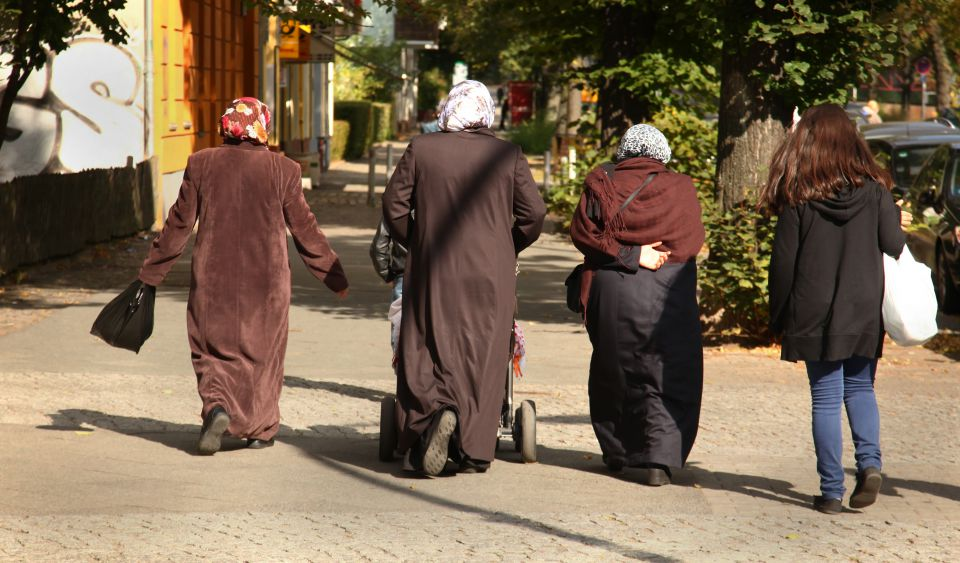 Türkische frauen kennenlernen in berlin Türkische frauen kostenlos kennenlernen - Excaliburinc