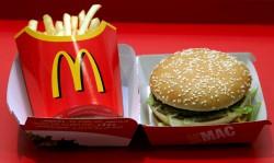 Pommes Frites und Big Mac von McDonald's Foto: picture-alliance/ dpa