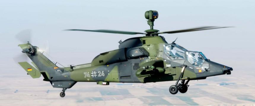Kampfhubschrauber Tiger über Afghanistan: Das meiste Fluggerät muß am Boden bleiben Foto: picture alliance / dpa