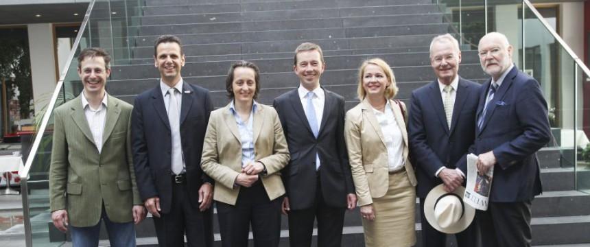 Die sieben EU-Abgeordneten der AfD: Ukraine-Abstimmung angenommen Foto:  picture alliance/Eventpress