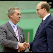 Nigel Farage (l) und Mark Reckless: Neue Niederlage für Cameron Foto:  picture alliance / ZUMA Press