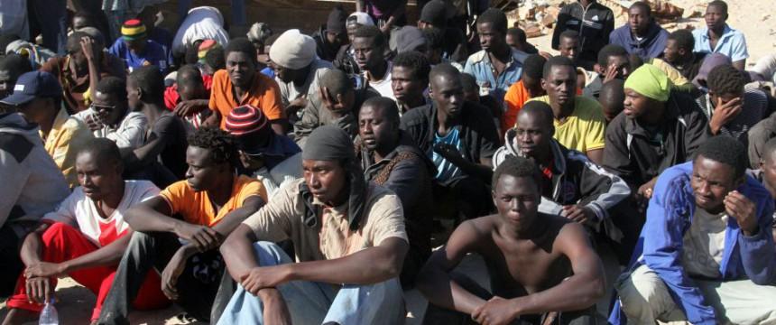 Afrikaner auf dem Weg nach Malta Foto:  picture alliance/Photoshot