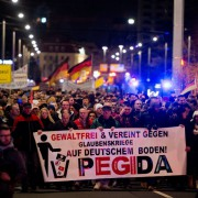 Pegida-Demonstration in Dresden Foto: picture alliance/ZB/dpa