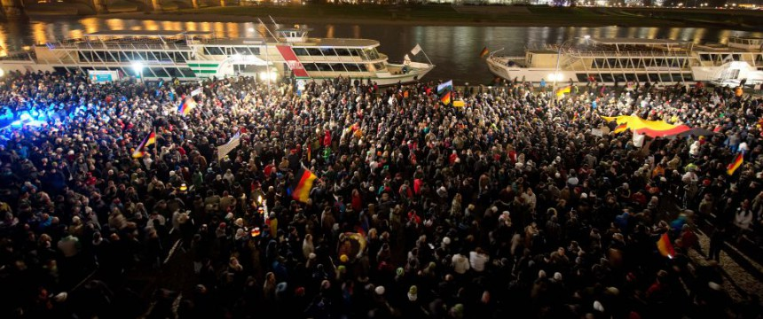 """""""Pegida""""-Demonstration  (""""Patriotische Europäer gegen die Islamisierung des Abendlandes"""") am 1. Dezember in Dresden Foto: picture alliance/AP Photo"""