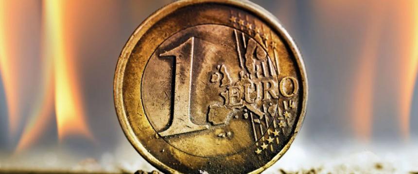 Bild veröffentlicht mit freundl. Genehmigung der Wochenzeitung Junge Freiheit: Die Euro-Rettung als Brüsseler Possenspiel Foto: picture alliance/blickwinkel