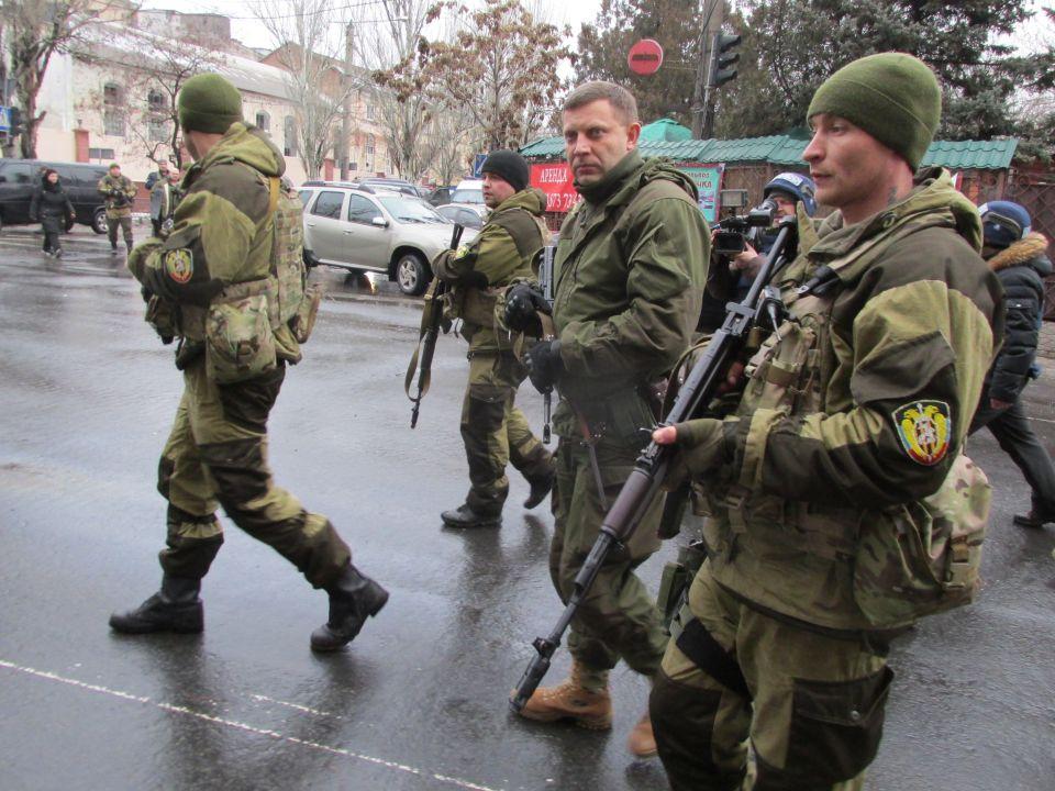 Alexander Sachartschenko am Tatort der Explosion