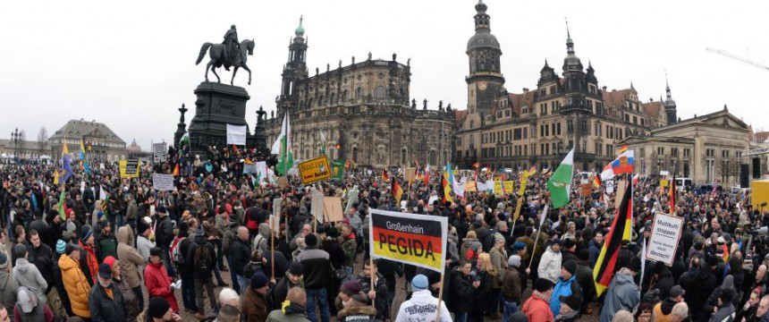 13. Pegida-Kundgebung in Dresden Foto: picture alliance/dpa
