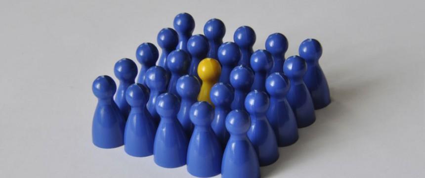 Spielfiguren: Unterschiede als Provokation Foto: picture alliance / ZB