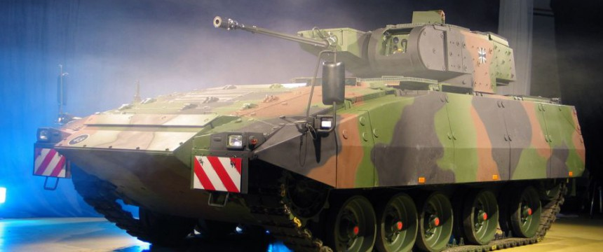 "Prototyp des ""Puma"" (2006): Auslieferung verzögert sich Foto: dpa"