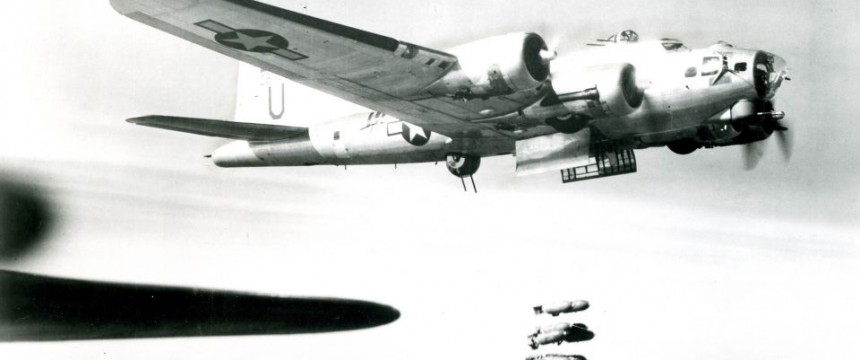 US-Bomber 1944 Foto: picture alliance/akg-images