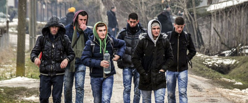 Kosovaren auf dem Weg in die EU: Asylzahlen steigen rasant Foto: picture alliance/AA