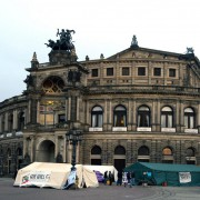 Asylcamp vor der Semperoper Foto: picture alliance/dpa