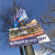 Wahlplakat: Kritik an den BiW Foto: Screenshot Youtube/Radio Bremen