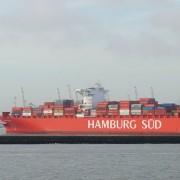 Deutsches Containerschiff: Exporte eingebrochen Foto: kees torn/flickr mit CC BY 2.0-Lizenz