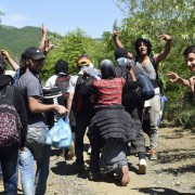 Illegale Einwanderer an der griechischen Grenze: Nicht alle Asylbewerber werden wirklich verfolgt Foto: dpa