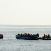 """Einwanderern soll nach dem Konzept des Vatikans ein """"humanitärer Korridor"""" geboten werden Foto:  picture alliance/dpa"""
