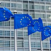 EU-Flaggen in Brüssel: Deutschland soll noch mehr Asylbewerber aufnehmen Foto: picture alliance