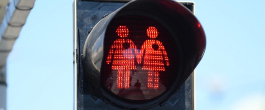 Homosexuelle Ampelmännchen in Wien (Foto: picture alliance/APA/picturedesk.com; Veröffentlichung mit freundlicher Genehmigung der Wochenzeitung Junge Freiheit)