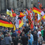 Pegida-Demonstranten Anfang Mai in Dresden Foto: picture alliance/dpa