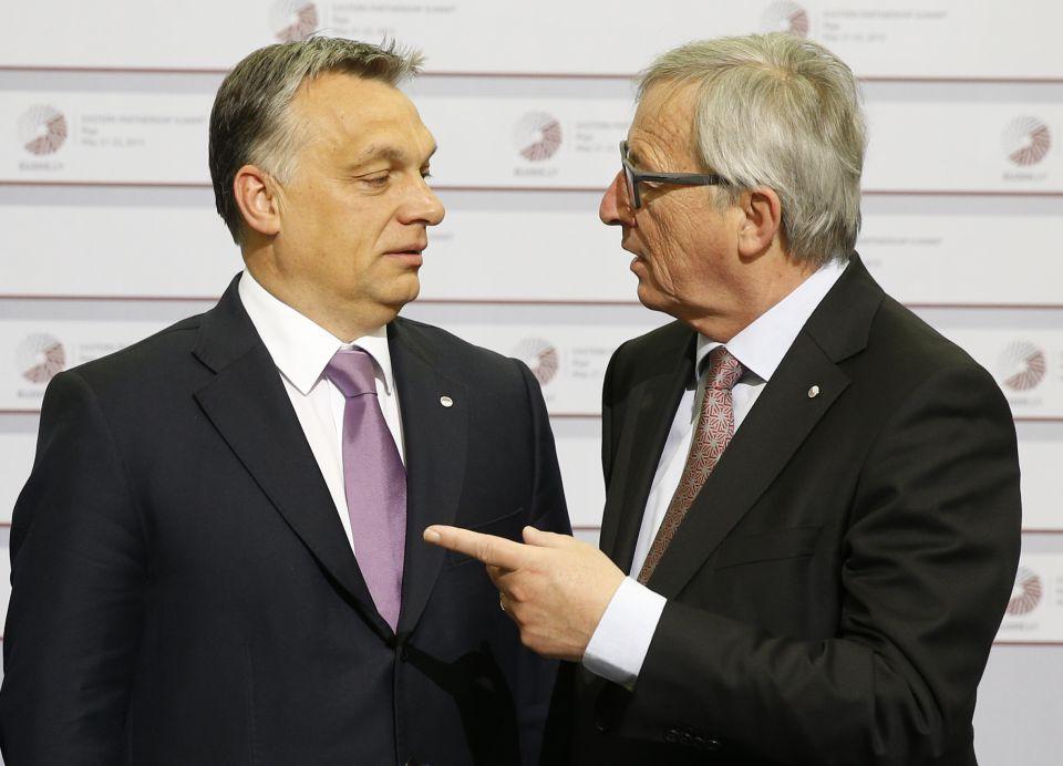 Orban und Juncker in Riga 2015
