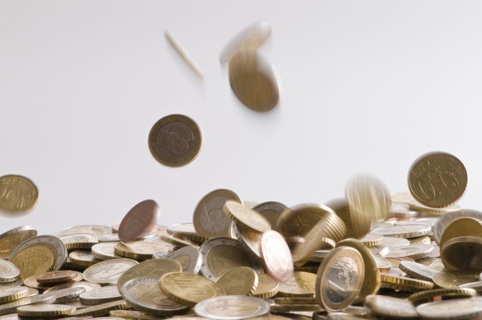 Regnende Euromünzen