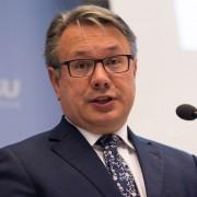 Georg Nüßlein: Keine Gesundheitskarte für Asylbewerber Foto:CDU/CSU-Fraktion im Deutschen Bundestag/Steven Rösler mit CC-Lizenz