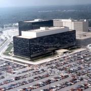 NSA-Zentrale: Gabriel verlangt Aufklärung Foto: dpa
