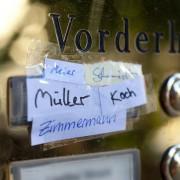 Von Yilmaz zu Müller: Namensänderung aus Sorge vor möglicher Diskriminierung Foto: picture alliance/dpa Themendienst