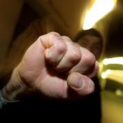 Symbolfoto Gewalt: Von Unbekannten zusammengeschlagen Foto: dpa