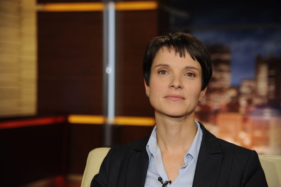 Frauke Petry im November 2014 bei Maischberger
