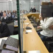 Prozeßauftakt in Celle: Streit um Berichterstattung Foto: dpa