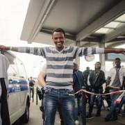 Mann aus Eritrea in Rosenheim: SPD und Linkspartei für Sonderzüge nach Deutschland Foto: dpa