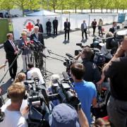 Bundeskanzerlin Angela Merkel in Heidenau: Die Parallelität heutiger Medienkonformität mit der DDR ist unübersehbar Foto:  picture alliance / dpa