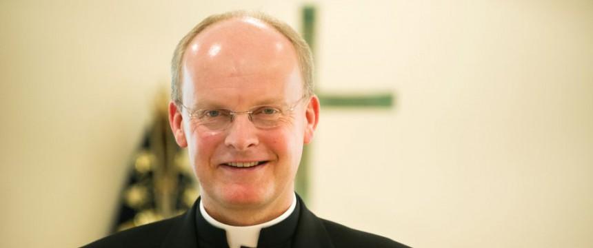 Bischof: Deutsche sollen sich Asylbewerbern anpassen 45667095-860x360-1442824901