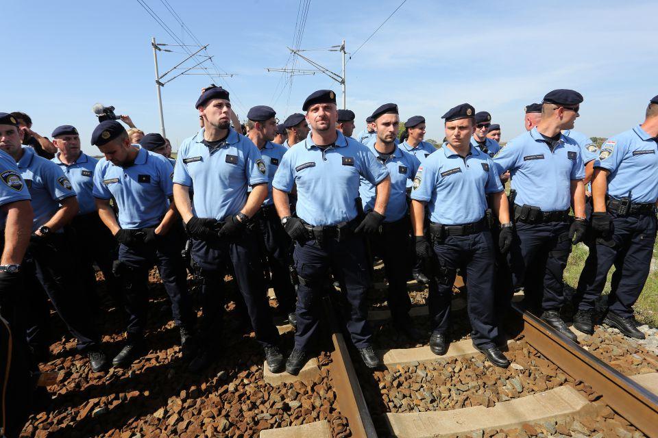 Kroatische Polizei an der Grenze zu Serbien