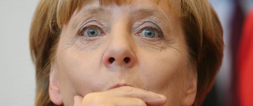 Bundeskanzlerin Angela Merkel: Verheerendste Schadensbilanz seit 1949 Foto: picture alliance / dpa