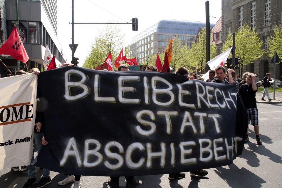 Demonstration gegen Abschiebungen in Berlin (April 2014)