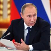 Rußlands Präsident Putin: Streit um Militäroffensive Foto:  picture alliance/AP Images