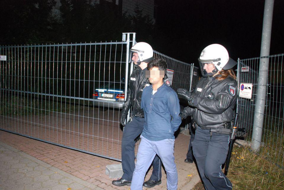 Polizei nimmt Asylbewerber in Hamburg fest
