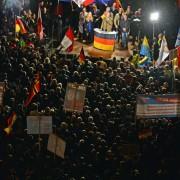 Die AfD demonstriert in Erfurt gegen die Asylpolitik der Bundesregierung Foto: picture alliance/dpa