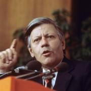 Helmut Schmidt (1975): Kein Freund von Multikulti Foto: picture alliance