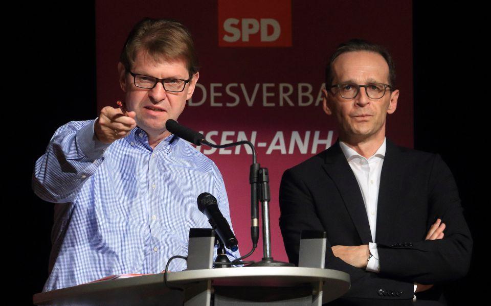 Ralf Stegner und Heiko Maas (r)