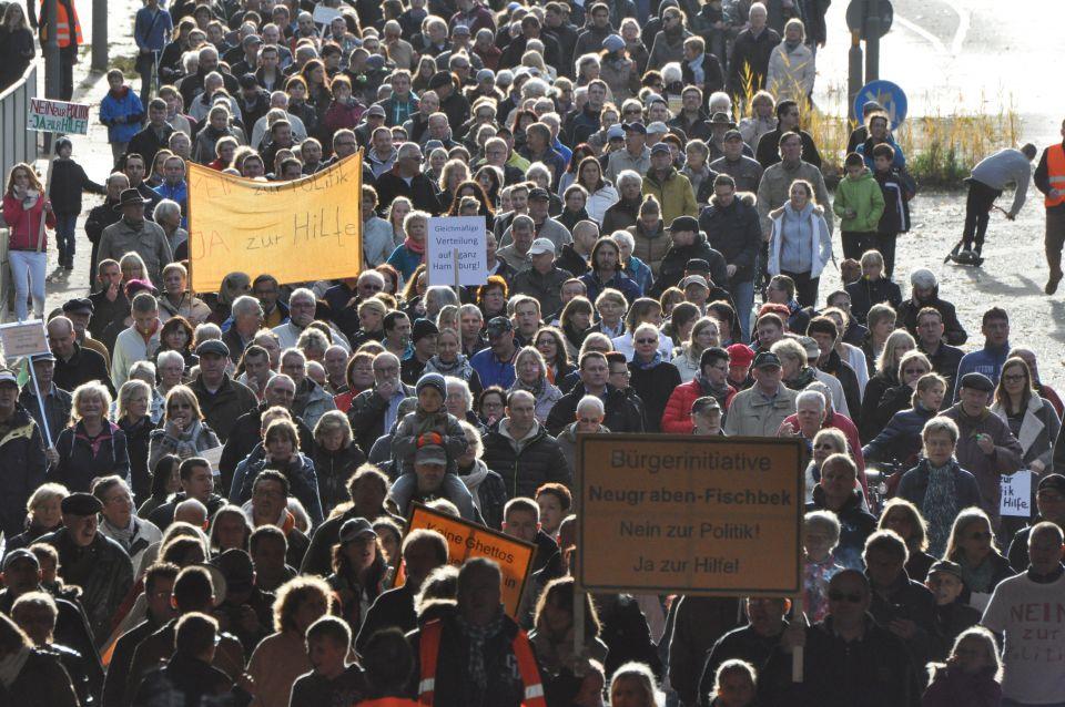 Demonstration gegen Massenunterkunft in Fischbek