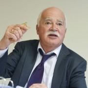 Peter Gauweiler: Läßt nicht locker Foto: dpa