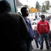Asylbewerber bei der Tafel in Mechernich (Nordrhein-Westfalen) foto: picture alliance/dpa